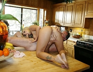 brittney-skye-gets-fucked-on-kitchen-table